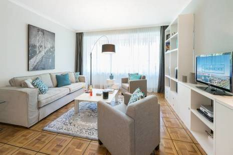 New High Standing Furnished Apartment in Champel, Entirely Refurbished