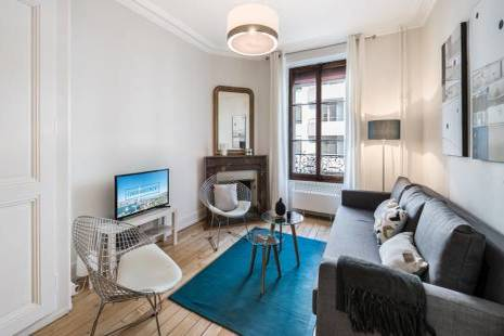 Design Furnished Apartment with an alcove, in Geneva Center Nearby The Train Station