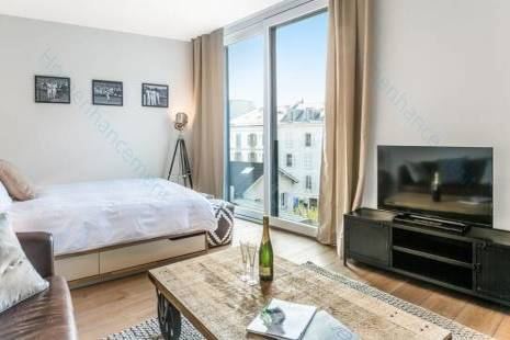 Furnished High-Tech Apartment Geneva Center, Perfect for First Step Relocation
